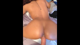 Amateur XXX :Omg I'm about to Cum inside youu