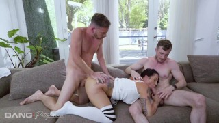 Three Some XXX :Pretty And Raw  PAWG Lilith Morningstar Takes On Two Cocks